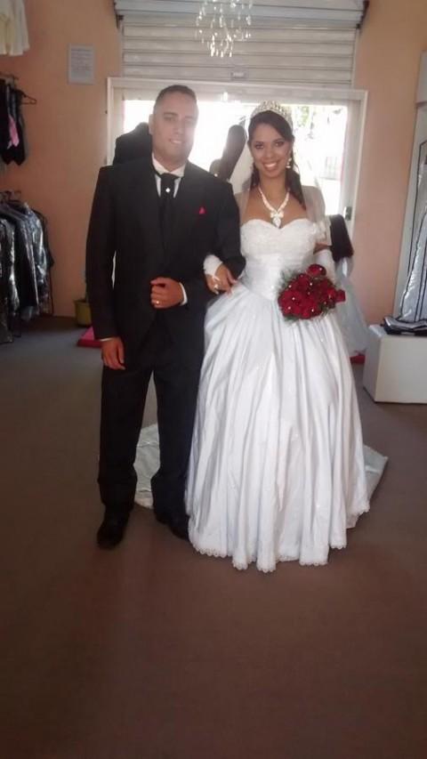 Aluguel de Vestidos de noiva Laura k noivas (40)
