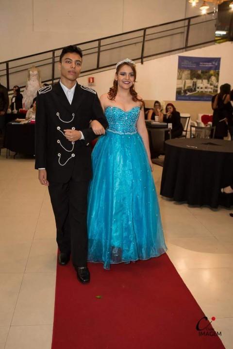 laura-k-noivas-aluguel-de-vestidos-de-noivas-em-bh-13