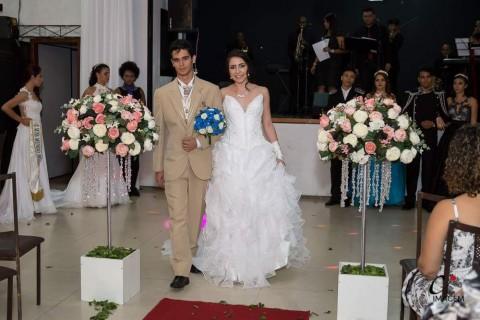 laura-k-noivas-aluguel-de-vestidos-de-noivas-em-bh-15