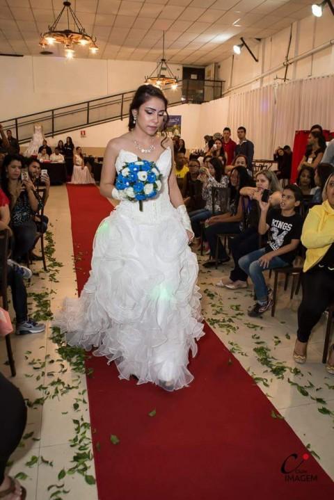 laura-k-noivas-aluguel-de-vestidos-de-noivas-em-bh-8
